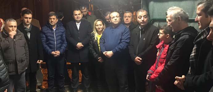 BÜKRÜ, KARŞIYAKA MAHALLESİ'NDE VATANDAŞLARLA BULUŞTU