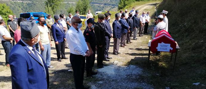 BAŞKAN BOZKURT KIBRIS GAZİSİNİN CENAZESİNE KATILDI