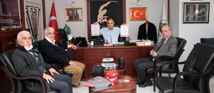 BAŞKAN BOZKURT'A DEVREK'E ÖZGÜ 2 ÜRÜNÜN TESCİL BELGESİNİ SUNDULAR