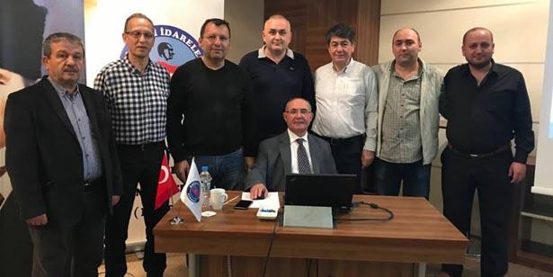 BELEDİYE MECLİS ÜYELERİ AFYONKARAHİSAR'DA...