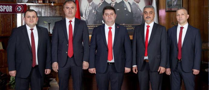 """""""BÜYÜK BİR ÜZÜNTÜYLE TAKİP EDİYORUZ"""""""