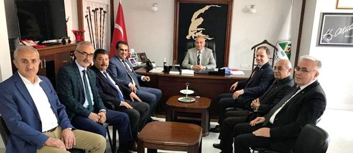 CHP'Lİ VEKİLLER BAŞKAN BOZKURT'U ZİYARET ETTİ