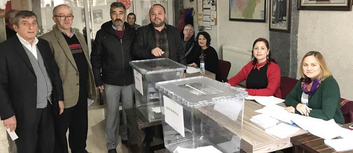 CHP'LİLER DEMOKRASİ ÖRNEĞİ VERDİ