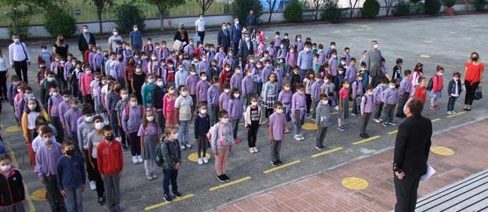 DEVREK'TE 6 BİN 636 ÖĞRENCİ İÇİN DERS ZİLİ ÇALDI