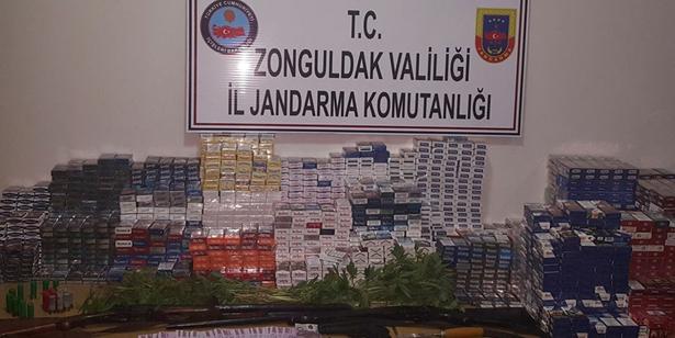 DEVREK'TE HIRSIZLAR 60 BİN TL'LİK SİGARA ÇALDI