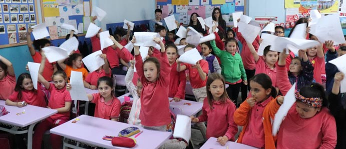 """GIDA MÜHENDİSLİĞİ BÖLÜMÜ ÖĞRENCİLERİNDEN """" BAĞIMLI OLMA, MUTLU YAŞA """" PROJESİ"""