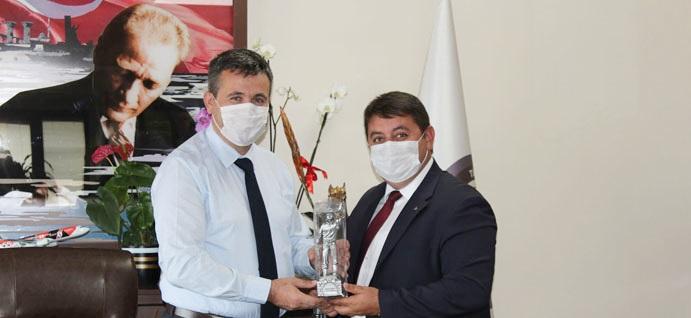 GMİS'TEN KARAYILMAZ'A TEBRİK ZİYARETİ
