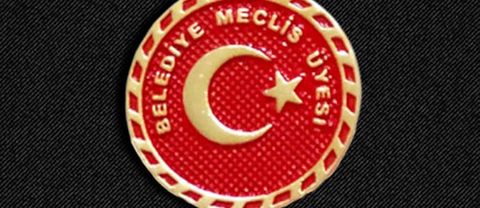 MECLİS ÜYELİĞİNDEN İSTİFA ETTİ