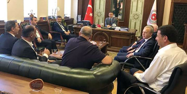 MİLLETVEKİLLERİNDEN KOCAMAN'A ZİYARET