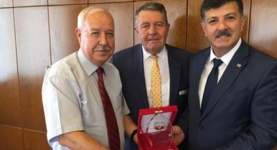 AKDENİZ, AKDEMİR'İ GENEL KURULA DAVET ETTİ