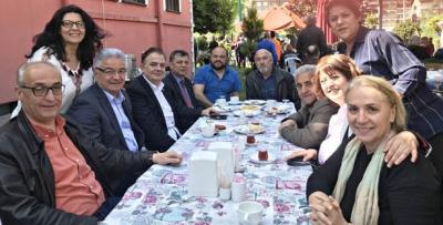 CHP'LİLER KAHVALTIDA BİRARAYA GELDİ