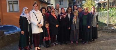 """ÇOLAKPEHLİVAN KÖYÜ'NDE """"İNTERNETLE HAYAT KOLAY"""" EĞİTİMİ VERİLDİ"""