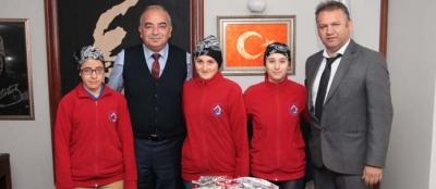 ENGELLİ ÖĞRENCİLERDEN BAŞKAN BOZKURT'A ZİYARET